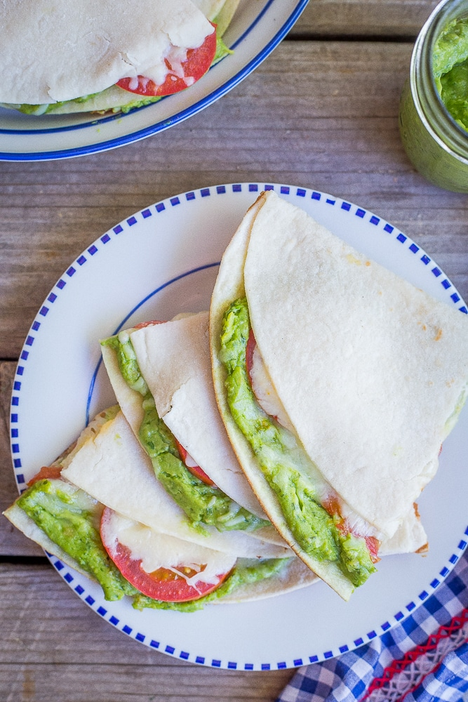Avocado Pesto Quesadillas - These delicious quesadillas are full of flavor and make for a great quick and easy vegetarian dinner recipe!  30 Minute Dinner/Gluten Free/Vegetarian/Easy Dinner