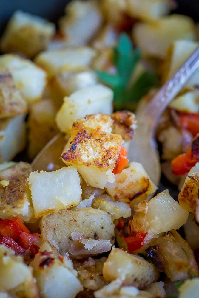 Easy Crispy Breakfast Potatoes-7997
