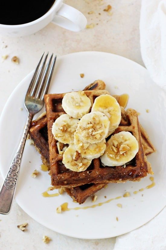 Healthy_banana_walnut_waffles