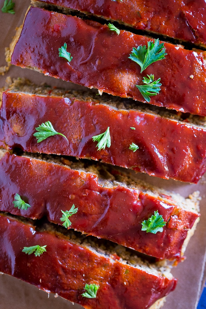 Easy Vegan Meatloaf with Lentils and Chickpeas cut into slices close up